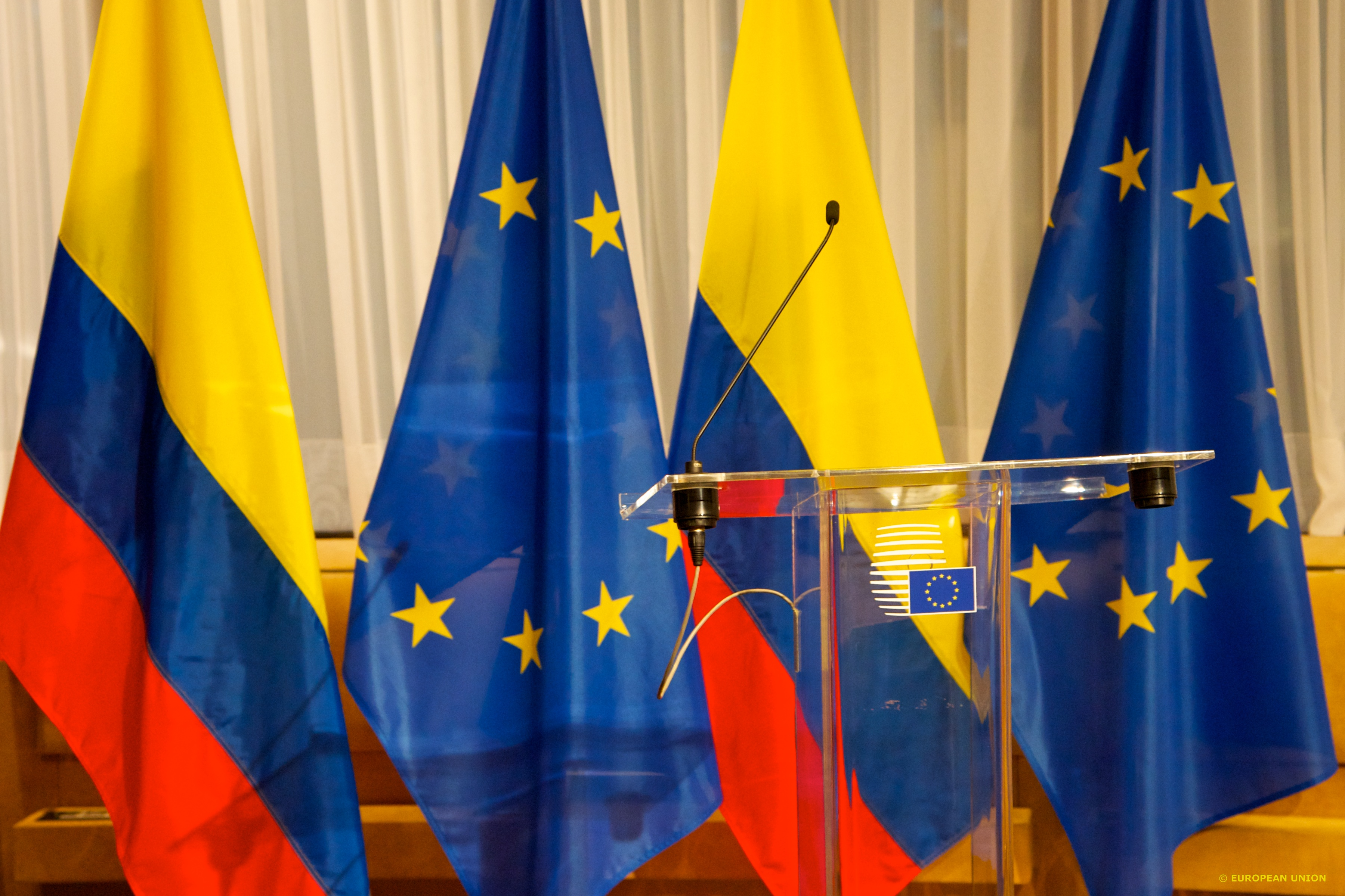 EU-Colombia signature on the short-stay visa waiver