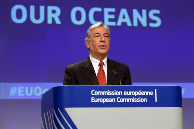 Press conference by Karmenu Vella, Member of the EC, on the international Ocean Governance