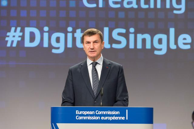 Joint press conference by Andrus Ansip, Vice-President of the EC, and Pierre Moscovici, Member of the EC, on new VAT rules for e-commerce