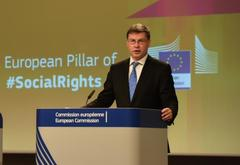 Valdis Dombrovskis at the rostrum